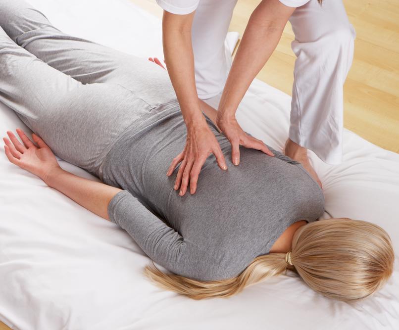 Osnovni Shiatsu – osnovna uporaba masažne tehnike doma (delo v parih)